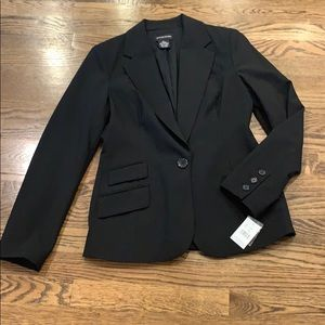 Sutton Studio NWT black blazer, 6
